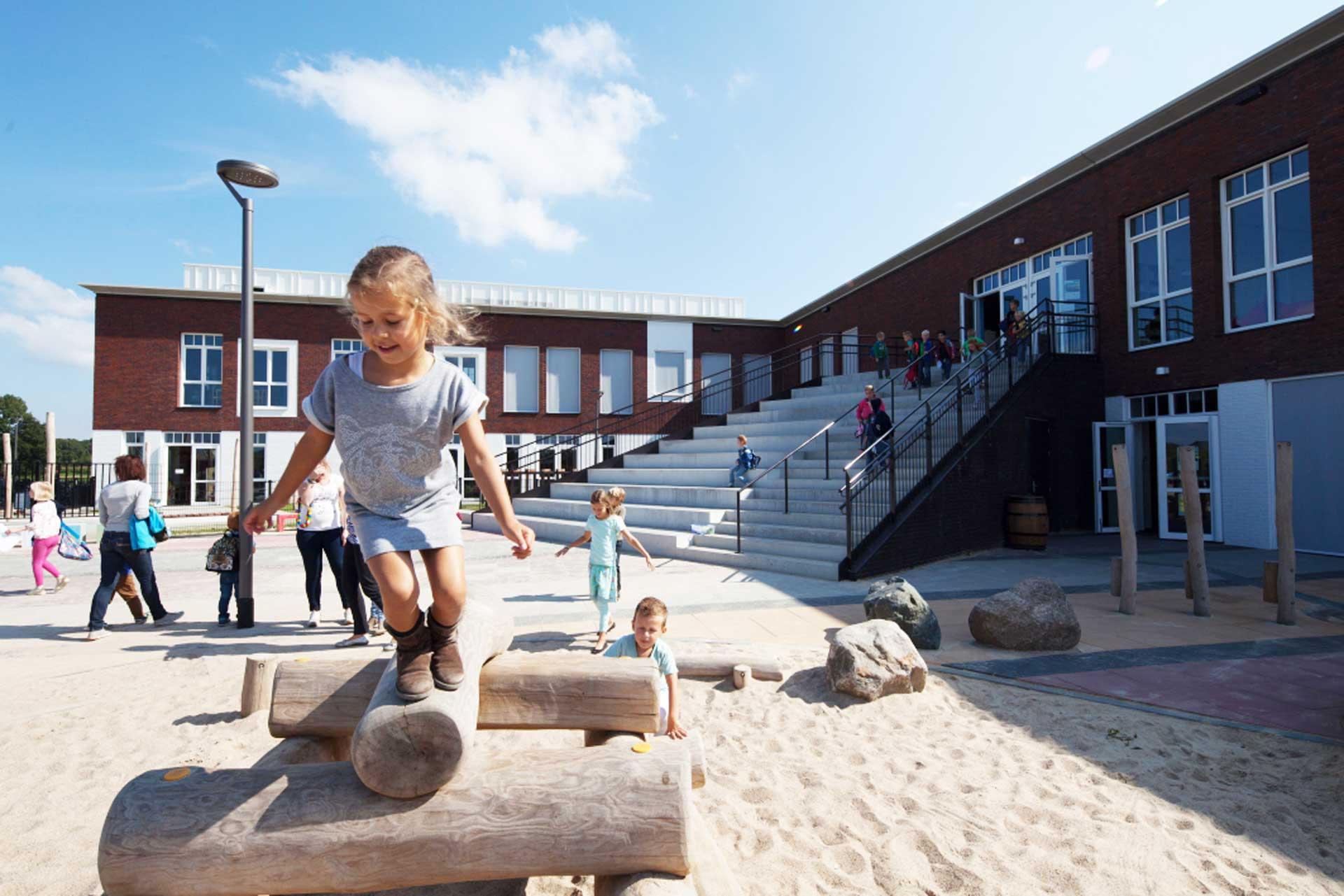 De Veste Borne Lucassen Bouwconstructies school sporthal
